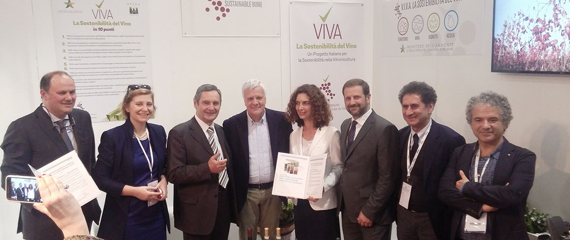 Vino, primo Made in Italy sostenibile