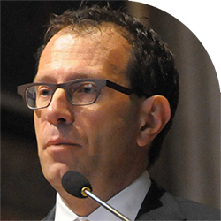 Stefano Bertuzzi, dalla Cattolica alla task force anti-Covid